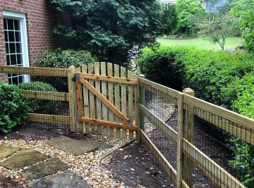 3 Rail Ranch Fence With Welded Wire