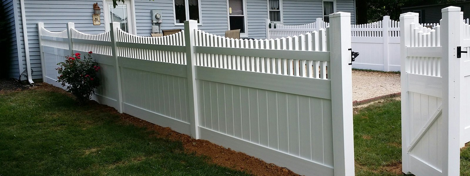 White Vinyl Fence With Spindle Top And Gate